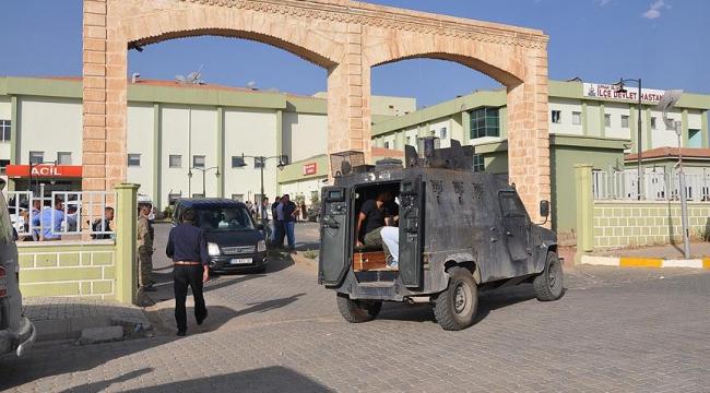 Zırhlı polis aracına hain terör saldırısı
