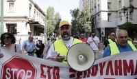 Yunanistanda özelleştirme karşıtı işçiler ayaklandı