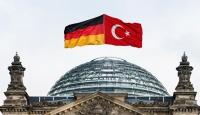 Almanyada Türkler Ermeni iddiaları yasa tasarısını protesto edecek