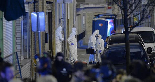 Belçika, terör şüphelilerini Fransaya iade edecek