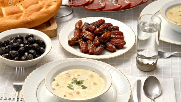 'Ramazan'da 3 öğün yemeye dikkat edilmeli'