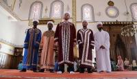 Teravihi 7 farklı imam kıldırıyor