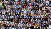 250 Bin kişi Mescid-i Aksada cuma namazı kıldı