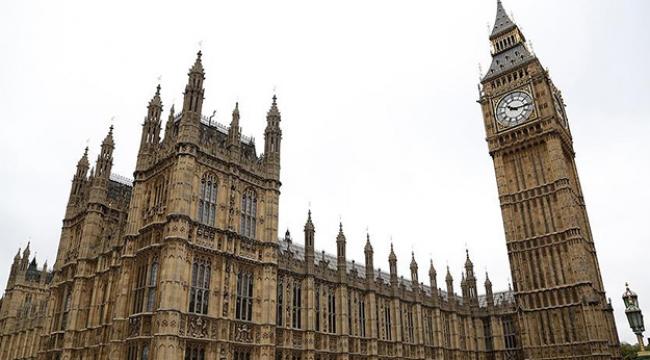 İngiltere, Türklere süresiz oturum uygulamasını kaldırdı
