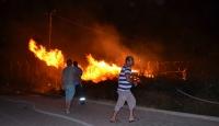 Havai fişekler yangına neden oldu