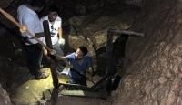 Elazığlılar Buzluk Mağarasında serinliyor