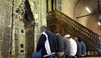 Düğündeki takılarla yapılan 735 yıllık cami