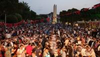 İstanbulda her gün 25 bin kişilik iftar
