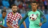 EURO 2016da Portekiz çeyrek finalde