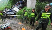 Çinde otobüs kazası: 30 ölü