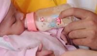 Bebek mamasını maden suyuyla yapın