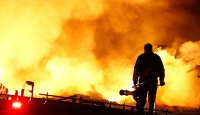 Başkentte fabrika inşaatında yangın