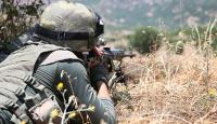 Suriye sınırında iki canlı bomba etkisiz hale getirildi