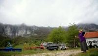Bosnada bulutlara dokunan aile