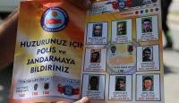 """""""Aranan teröristler"""" için Türkçe-Kürtçe broşür"""