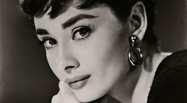 Audrey Hepburnun mektupları açık artırmayla satıldı