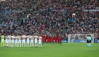 EURO 2016da Türkiye için saygı duruşu