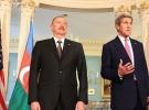 Kerry ile Aliyev ile Dağlık Karabağ'ı görüştü