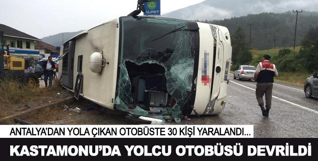 Kastamonuda yolcu otobüsü devrildi