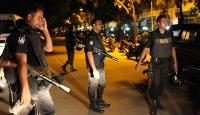 Bangladeşte saldırganlar restoran bastı