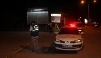 Adanada silahlı çatışma: 1i ağır 2 yaralı