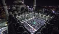 Çamlıca Camisinde ilk teravih namazı kılındı
