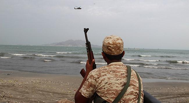 Yemende askeri üsse saldırı