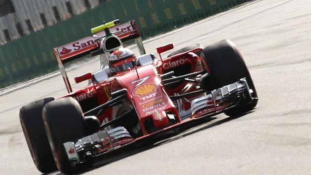 Raikkonen Ferrari ile sözleşmesini uzattı