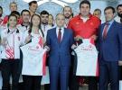 Bakan Kılıç, milli atletleri kabul etti