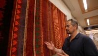 Türkiyede dokuttuğu halıları Metropolitan Müzesinde sergiledi