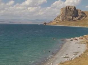 Mavi bayrak alan 'Van Gölü'