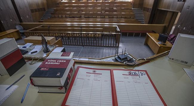 Öğrencilere cinsel istismarda bulunan öğretmene 297 yıl hapis cezası