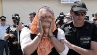 Darbeci askerler Atinadan uzak bir hapishaneye nakledildi
