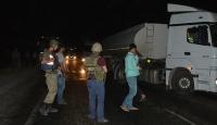 Teröristlerin bomba yüklü kamyoneti imha edildi