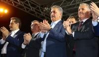 Sakaryadaki demokrasi nöbetine bakanlar da katıldı