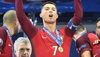 Ronaldonun adı havalimanına verilecek