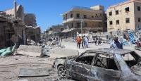 Esed güçleri çarşıyı vurdu: 7 ölü, 40 yaralı