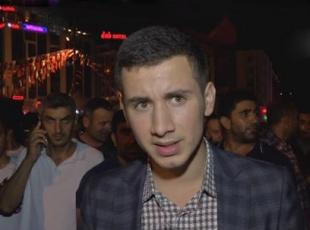 Cumhurbaşkanı Erdoğanın alnından öptüğü genç simge oldu
