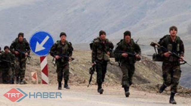 Mehmetçik Teröristlerin Peşinde