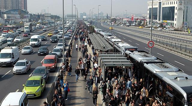 İstanbulda bugün bazı yollar trafiğe kapalı olacak