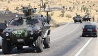 Vanda askeri araca hain terör saldırısı