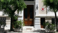 Türkiyenin Atina Büyükelçiliği boyalı saldırıya uğradı