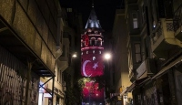 Galata Kulesine Türk bayrağı yansıtıldı