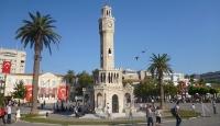 İzmire 15 Temmuz Demokrasi Meydanı
