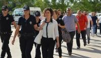 Gözaltı kararı çıkarılan 42 gazeteciden 19u yakalandı