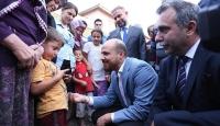 Bilal Erdoğan şehit ailelerini ziyaret etti