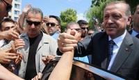 Cumhurbaşkanı Erdoğana vatandaşlardan sevgi seli