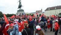 Avusturyada Türk bayrağı yasağına tepkiler büyüyor