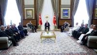Cumhurbaşkanı Erdoğan YAŞ üyelerini kabul etti