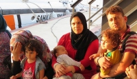 Sığınmacılar batmak üzereyken kurtarıldı